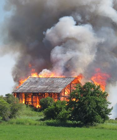 Barn fire at 3650 Walace Pt. Rd. - Aug. 2, 2015