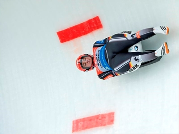 Canada wins silver in team relay luge-Image8