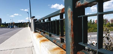 Valour bridge fixes approved by city; Significant amount of rust visib– Image 1
