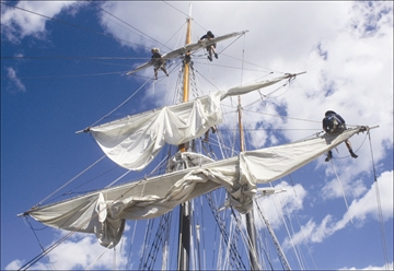 Learn the ropes aboard tall ship Fair Jeanne this summer– Image 1