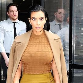 Kim Kardashian's lips swell during pregnancy -Image1