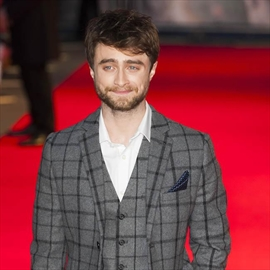 Daniel Radcliffe forbidden from ditching English accent-Image1