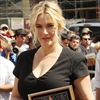 Kate Winslet: Make-up is 'liberating'-Image1