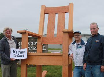 Giant rocking chair visits Prescott