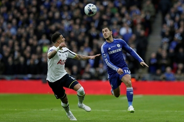 Terry inspires Chelsea to League Cup win over Tottenham-Image1
