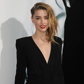 Amber Heard thought Johnny Depp would 'change'-Image1