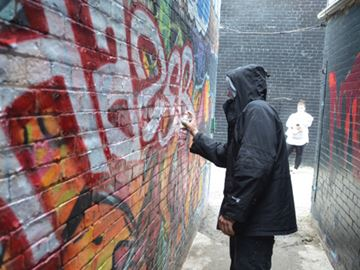 Graffiti artists redesign downtown St. Catharines