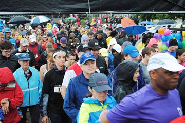 The 5th annual Unbreakable run took place in Port Credit on June 16. Brandishing umbrellas against the heavy rain, runners and walkers set off on the five-kilometre trek down the Mississauga waterfront trial.