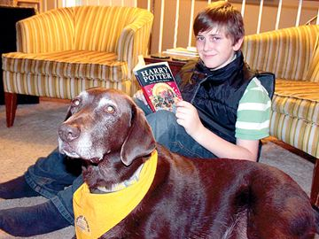 Beeton teen giving back to Story Dogs program