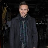 Gary Barlow performs surprise wedding gig-Image1
