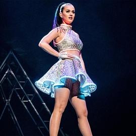 Katy Perry says Australian paparazzo has a 'tiny penis'-Image1