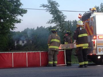 Clearview, Collingwood crews on scene at house fire