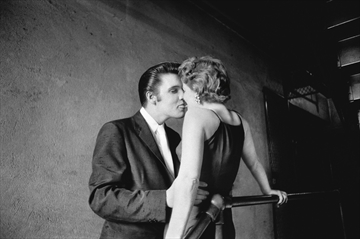 Famed Elvis photographer Alfred Wertheimer dies-Image1