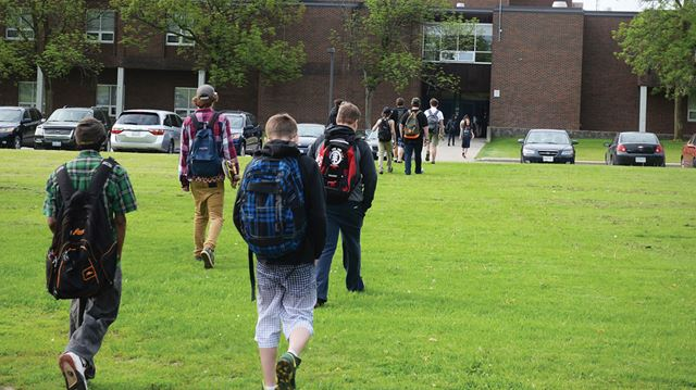 Students back to school