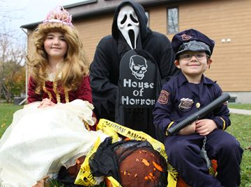 Haunted house party to bring South Keys, Greenboro families together on Halloween