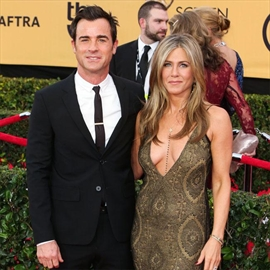 Jennifer Aniston has Justin Theroux in hysterics-Image1