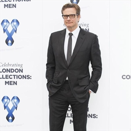 Colin Firth photographs bruises -Image1
