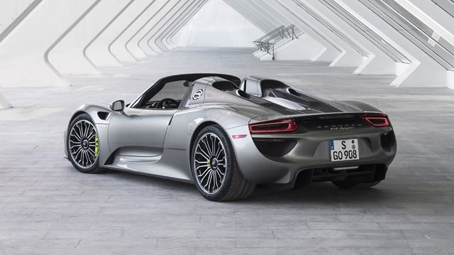 porsche finishes production of the 918 spyder. Black Bedroom Furniture Sets. Home Design Ideas