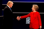 Clinton puts Trump on the defensive in combative debate-Image7