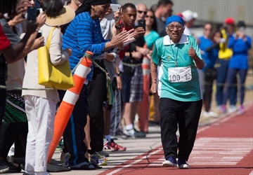 Centenarian crosses 100-metre finish line in B.C.-Image1