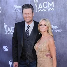 Blake Shelton wasn't in a good place after divorce-Image1