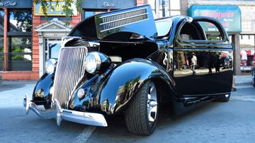Classic car show rolls into downtown Saturday