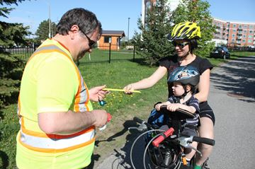 Start of cycling season spurs Alta Vista cycling safety blitz