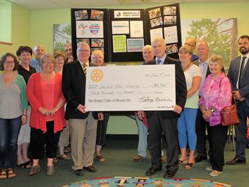 Supporting Brockville library