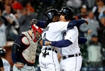 Cabrera's homer gives Tigers rain-shortened win over Indians-Image2