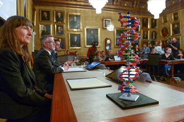 Scientists win Nobel chemistry award for work on DNA repair-Image1