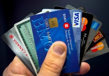 'Voluntary' deal reached on credit-card fees-Image1