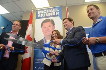 Michael Skinner opens campaign office