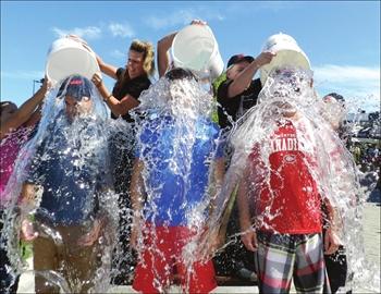 Ice bucket challenge for ALS– Image 1
