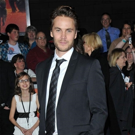 Taylor Kitsch: 'Rachel's a great gal'-Image1