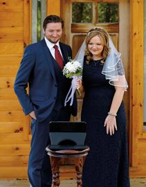 Weddings go high-tech at Elope Niagara