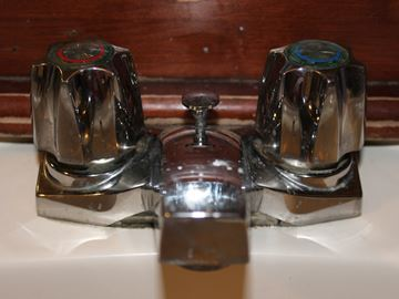 Meaford suggests running water to avoid frozen pipes