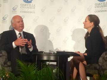 Mansbridge draws a sell-out crowd at Oakville Chamber gala