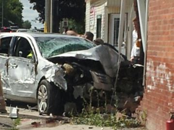 Car crashes into building in Cookstown
