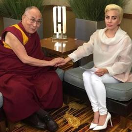 Lady Gaga meets with Dalai Lama-Image1