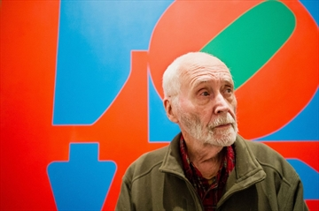'LOVE' artist Robert Indiana at centre of exhibit-Image1