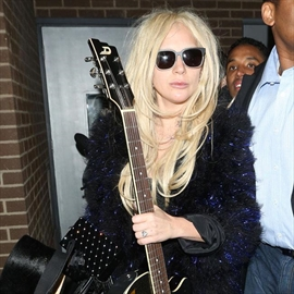 Lady Gaga is a huge Kylie Jenner fan-Image1