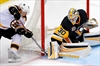 Ice issue halts Penguins-Bruins game in first period-Image2