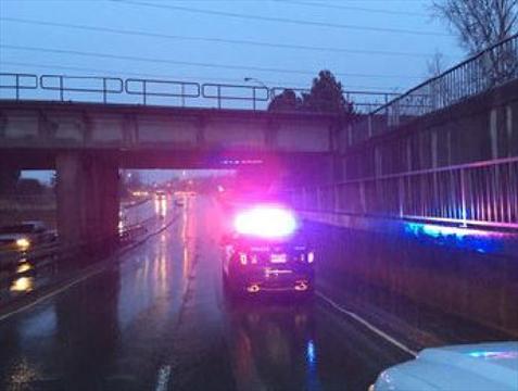 Police looking for dump truck after CN bridge strike ...