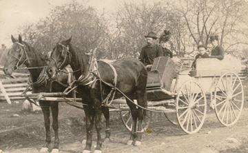 Final Stagecoach Trip, Lloydtown to Aurora, 1902