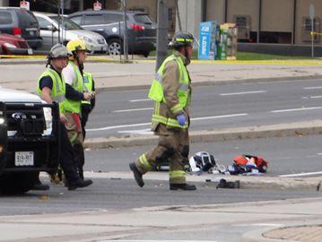Pedestrian struck at Hurontario and Robert Speck