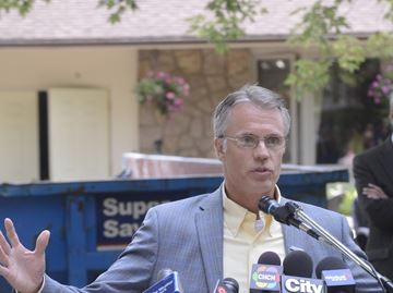 Burlington mayor elected to AMO board