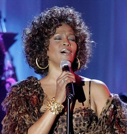 Live Whitney Houston CD/DVD to be released Nov. 11-Image1