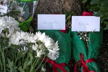 NewsAlert:Slain journalists shot in head: officials-Image1