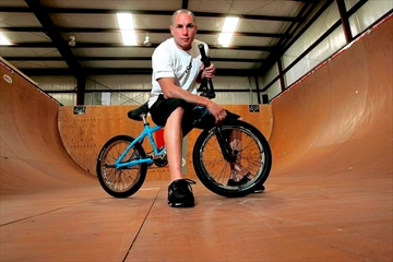 Dave Mirra, who broke barriers on a BMX bike, dies at 41-Image1