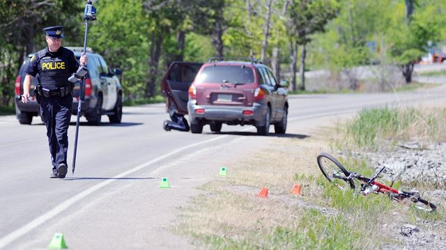 cyclist hit on river road